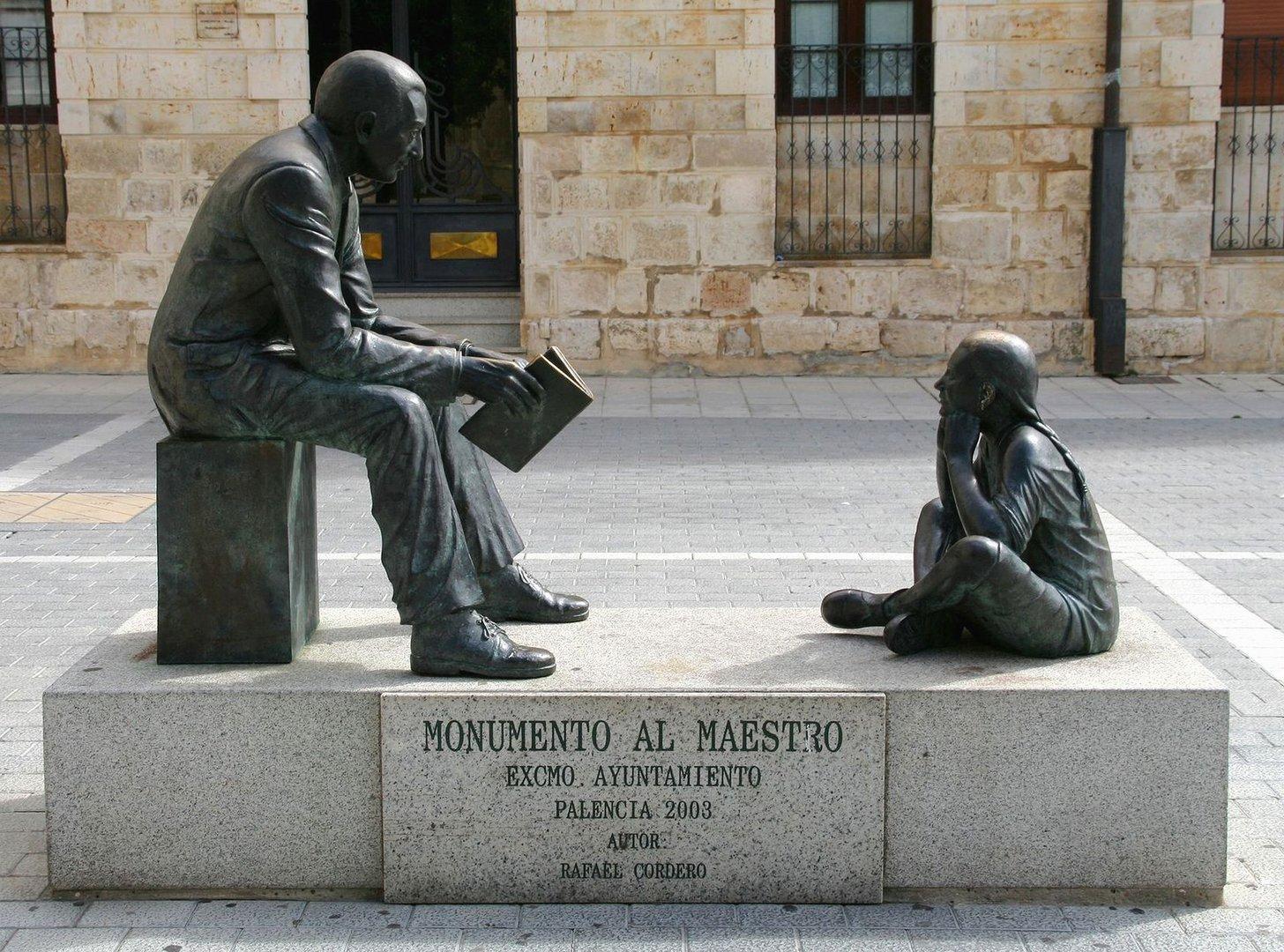 Monumento al maestro en Palencia