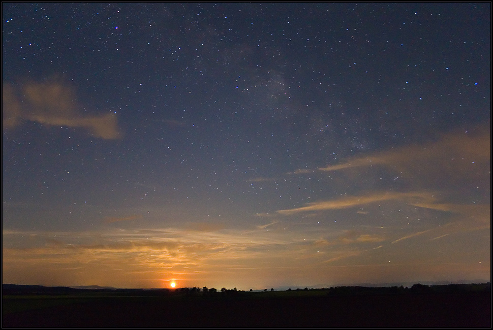 Moonrise Under The Milkyway Sky
