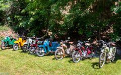 Moped - Parade  -