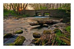 Morgen an der Brücke