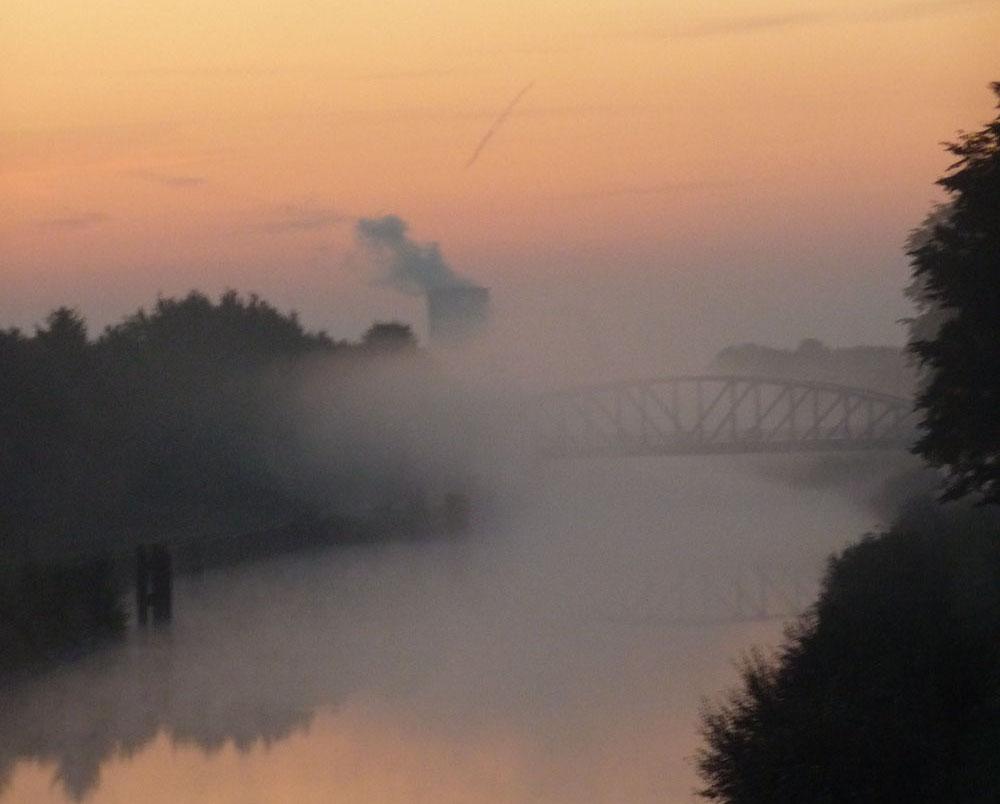Morgen Nebel am Hamm-Datteln Kanal