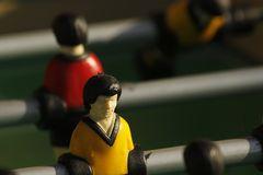 Morgen spielen wieder die Roten gegen die Schwarz-Gelben.....