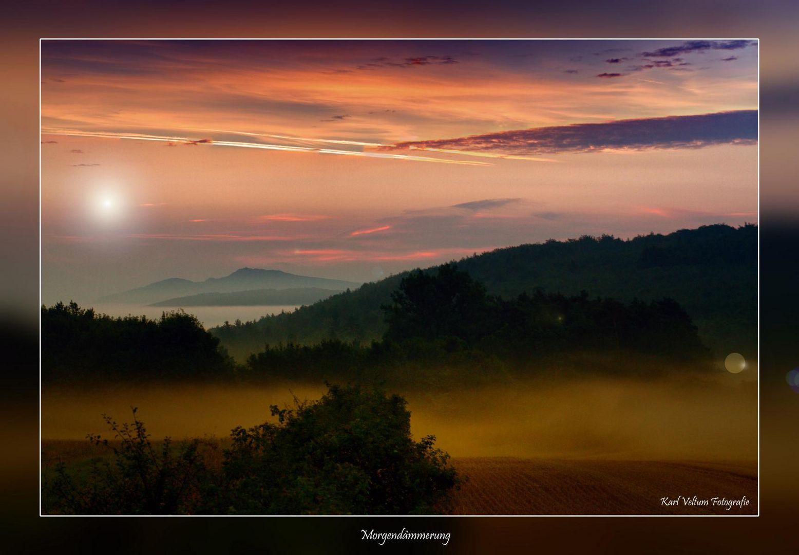 Morgendämmerung mit Blick in Richtung Thüringen