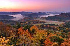 Morgengrauen in Farbe