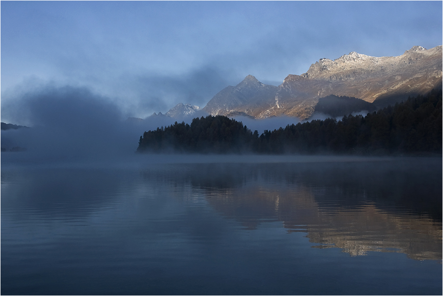 Morgennebel im Engadin