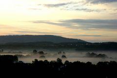 Morgennebel über dem Wiesenttal