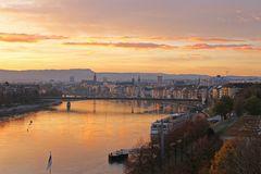Morgenrot am Rhein