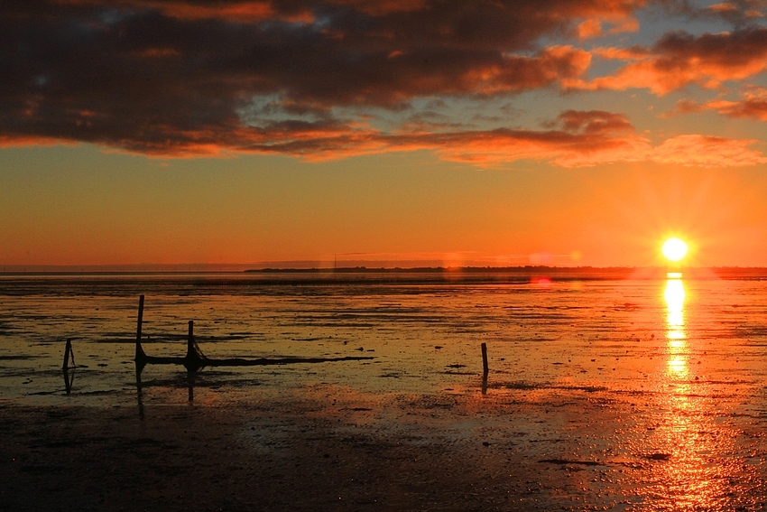 Morgenrot über dem Wattenmeer
