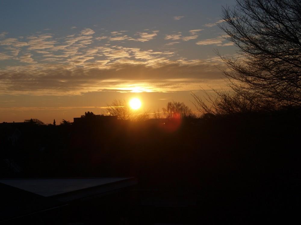Morgens, halb 9 in Deutschland.