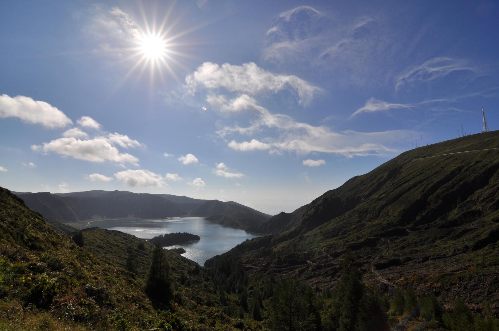 Morgens, halb zehn in Portugal: Der Lagoa do Fogo