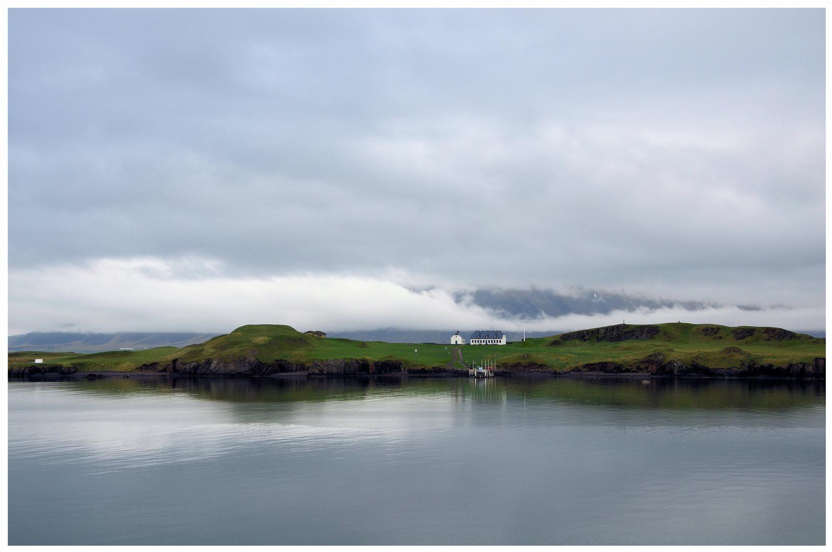 Morgens vor Videy (Insel vor Reykjavik)