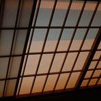 Morgensonne schimmert ins Zimmer