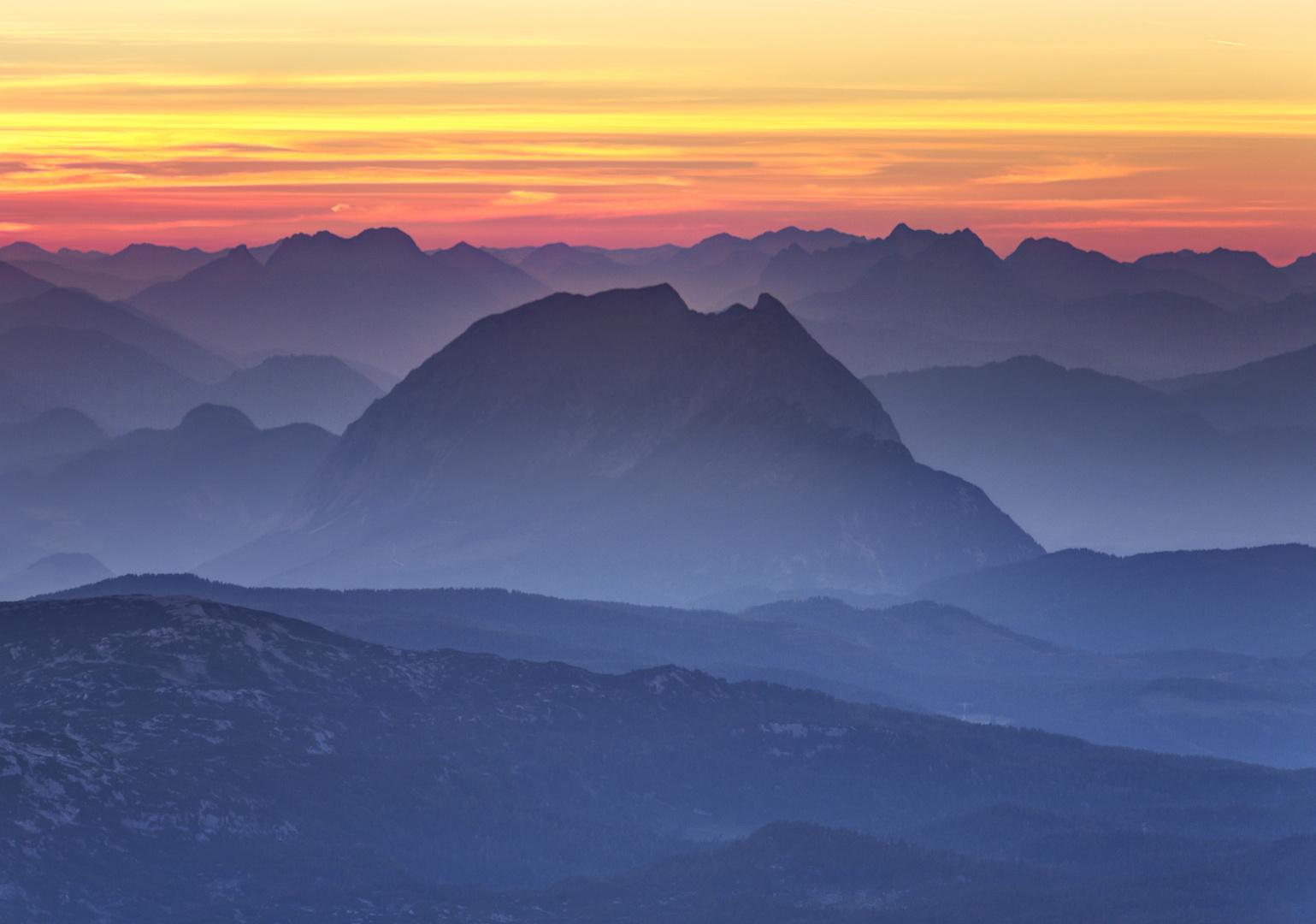 Morgenstimmung auf dem Dachsteingipfel 02