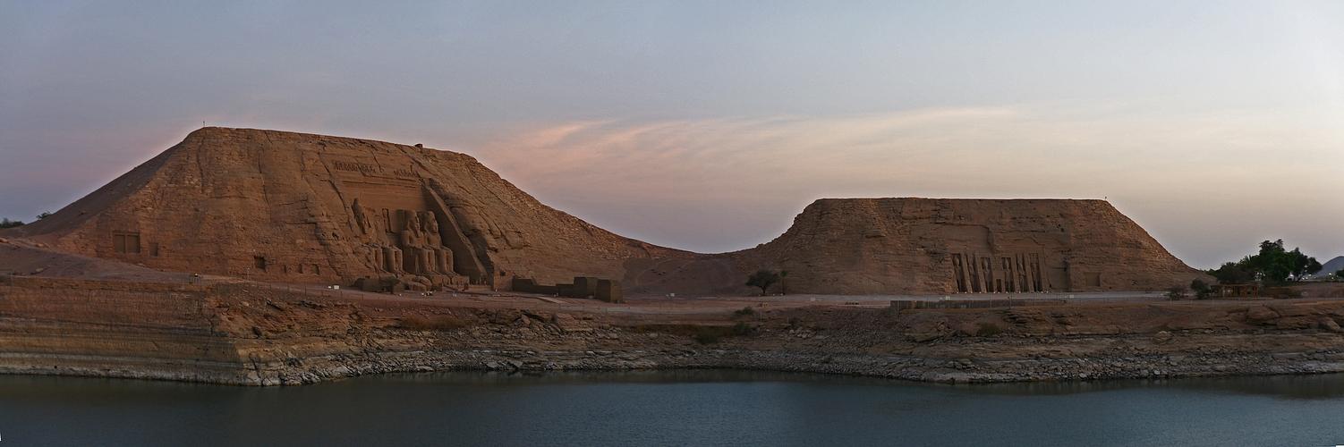 Morgenstimmung in Abu Simbel