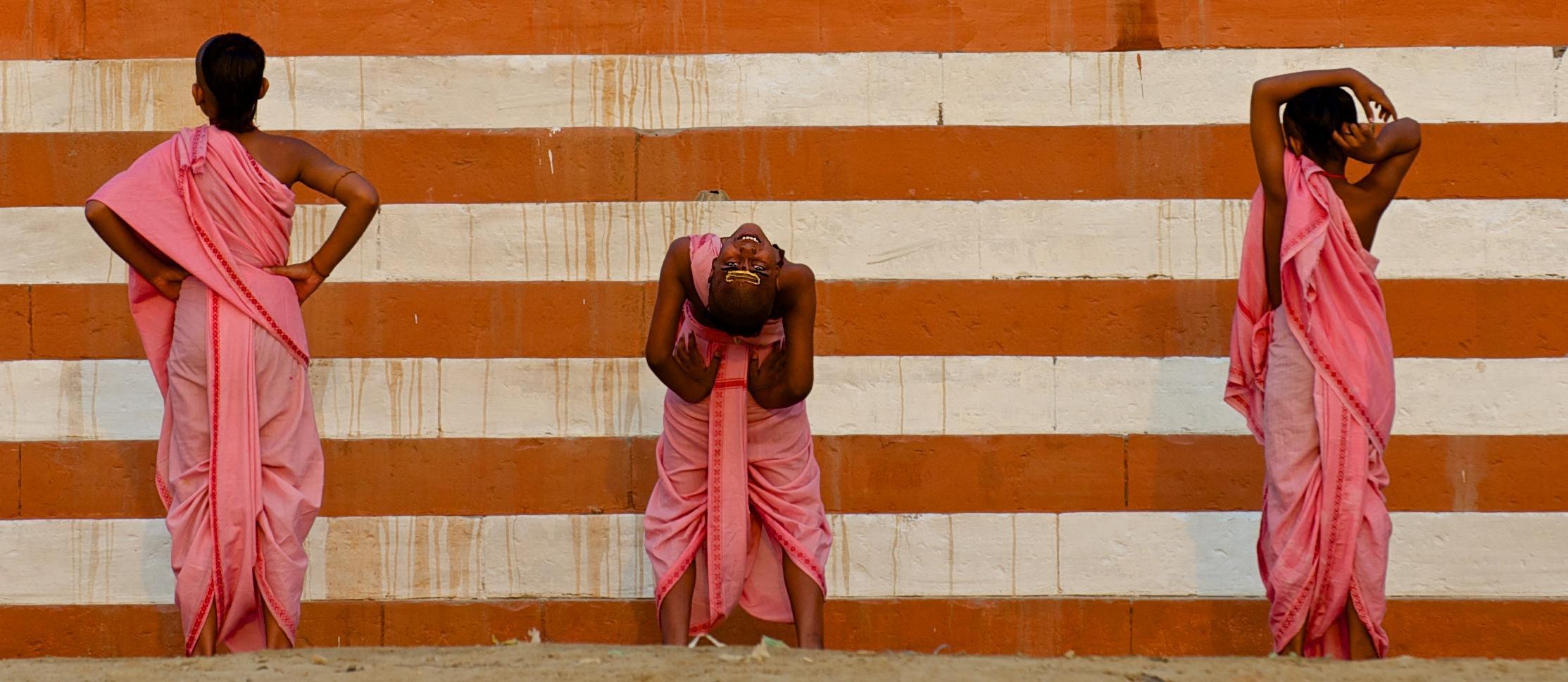Morgenübungen am Ganges
