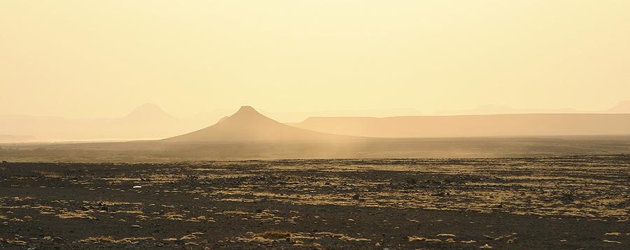 Morninglight at gate to Namib Skeleton Coast Park (Springbokwasser)