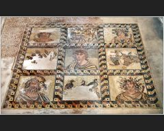 Mosaiken im Haus des Dionysos VII