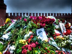 Moscow mourns V
