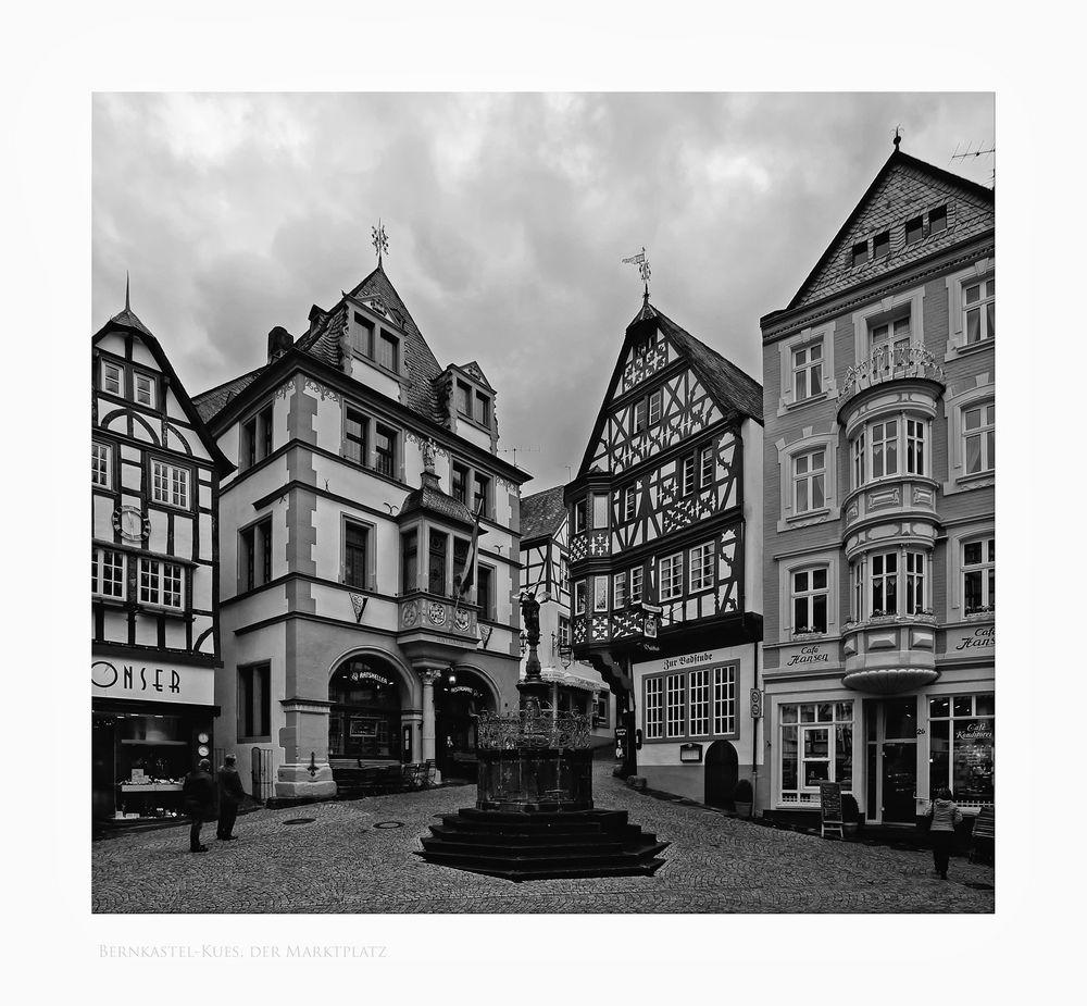 """Mosel - Impressionen """" der Markplatz, von Bernkastel-Kues """""""