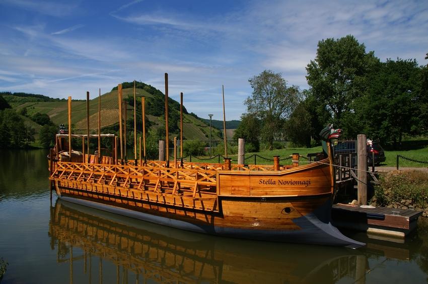Mosel - Weinschiff