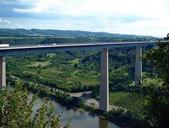 Moselbrücke bei Winningen (A 61)