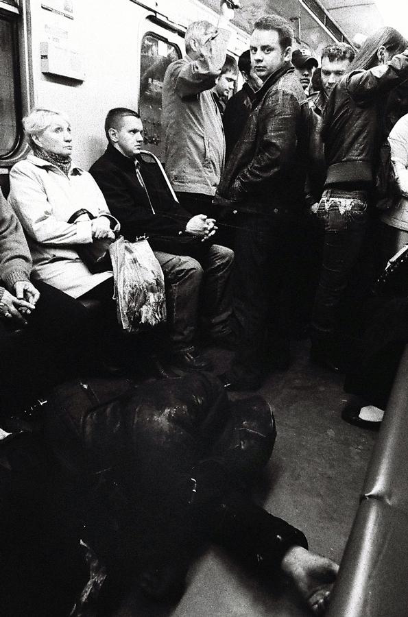 Moskau U-Bahn. 1600ISO, 17mm