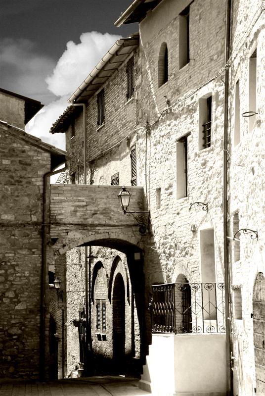 """Mostra online di Enrico Pasini: """"Il castello di Spina"""" - 2. Alla sommità, lo spazio"""