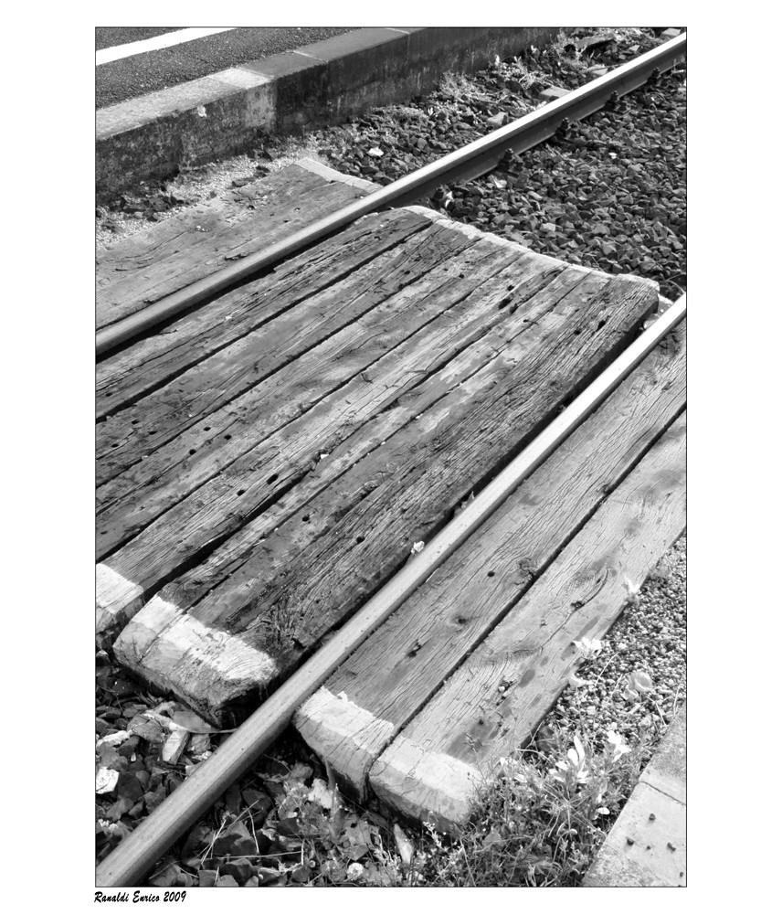 """Mostra online di Enrico Ranaldi: """"La strada ferrata"""" - 4. Sliding Doors"""