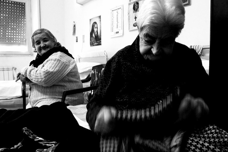 "Mostra online di Mario Gabbarin ""A casa è meglio"" - 3. Curiosità discreta"