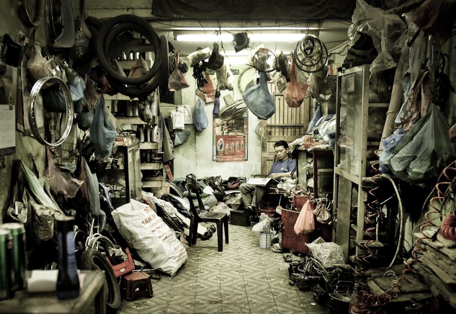 Moto Repairshop Hanoi