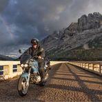 Motorrad am Fédaia