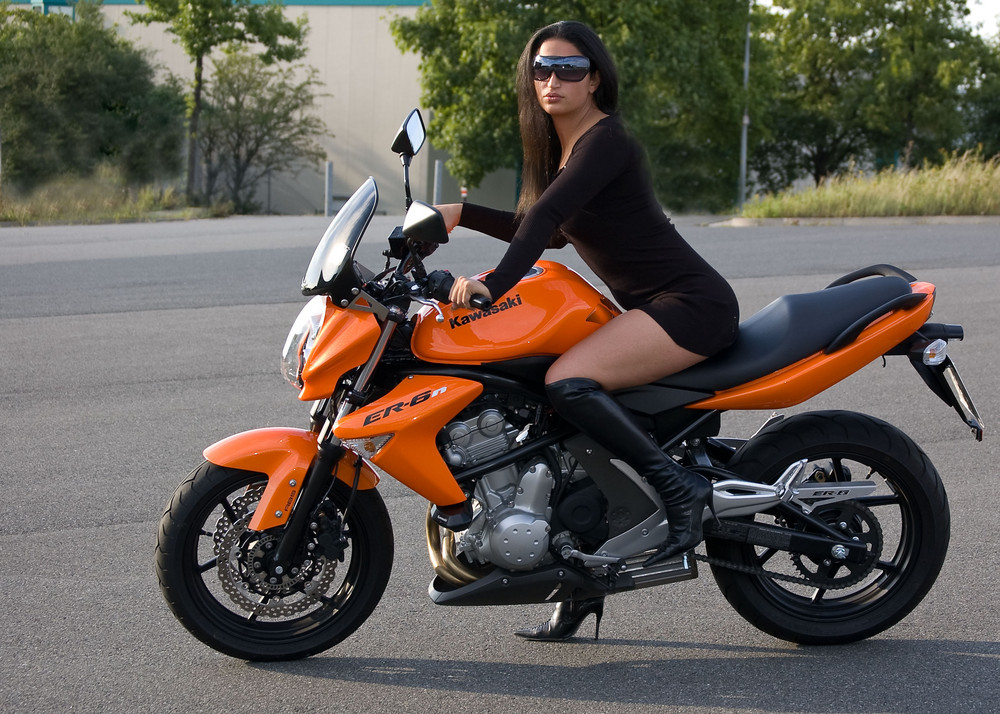 Motorradgirl Foto & Bild | archiv - kritik am bild, kritik