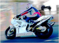 Motorradrennen (2)