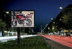 Motorradwerbung mal anders .....