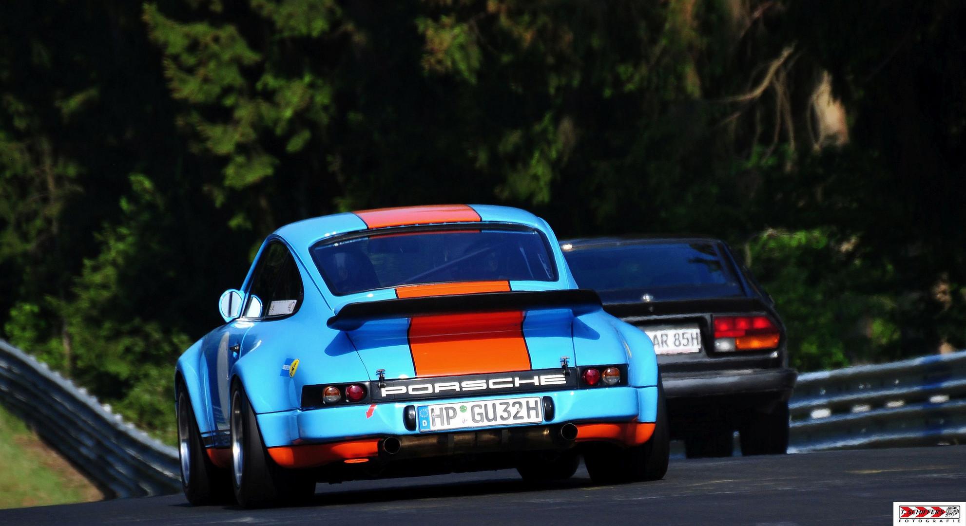 Motorsport ganz klassisch ...