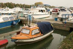 Motoryachten im Yachthafen Marina Rünthe in Bergkamen/ Westfalen am DEK