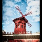 *MOULIN ROUGE*