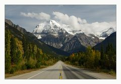 [ Mount Robson ]