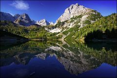 ~ MOUNTAIN-MIRROR ~