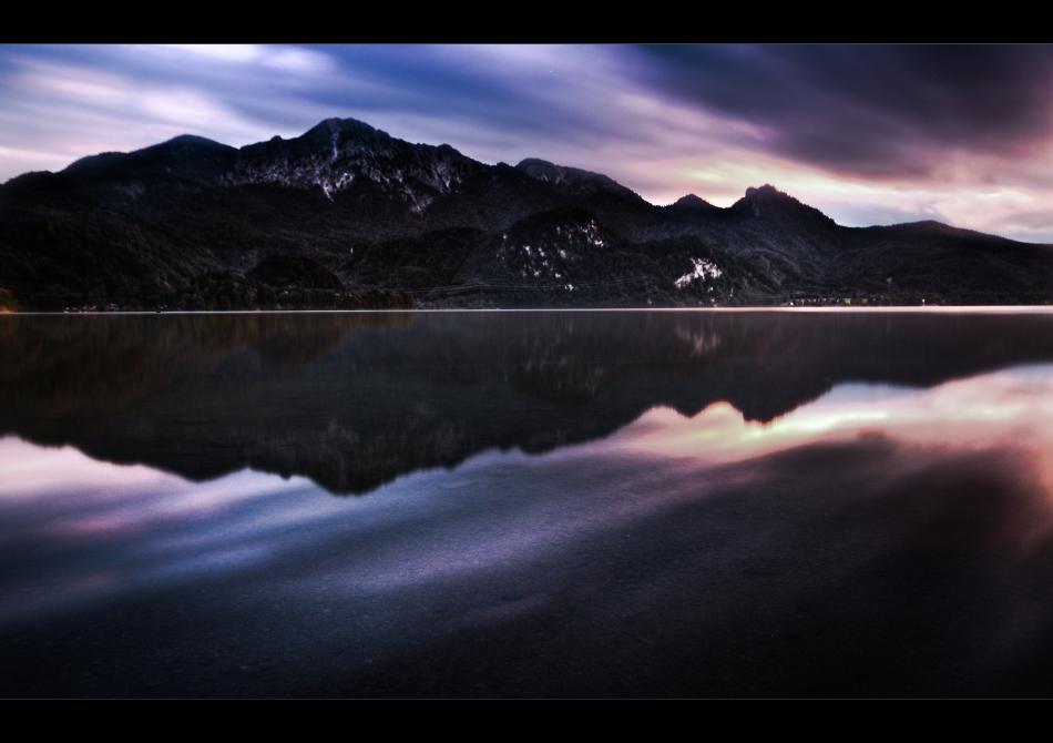 mountain.lake