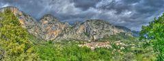 Moustiers Sainte Marie Panorama