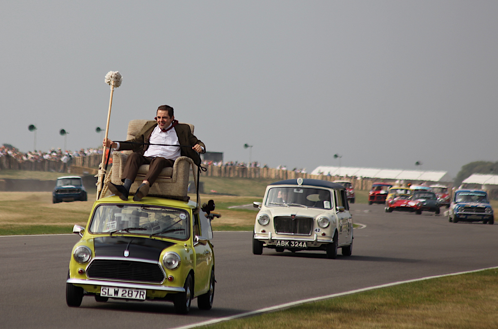 """Mr. Bean"" on the track !"