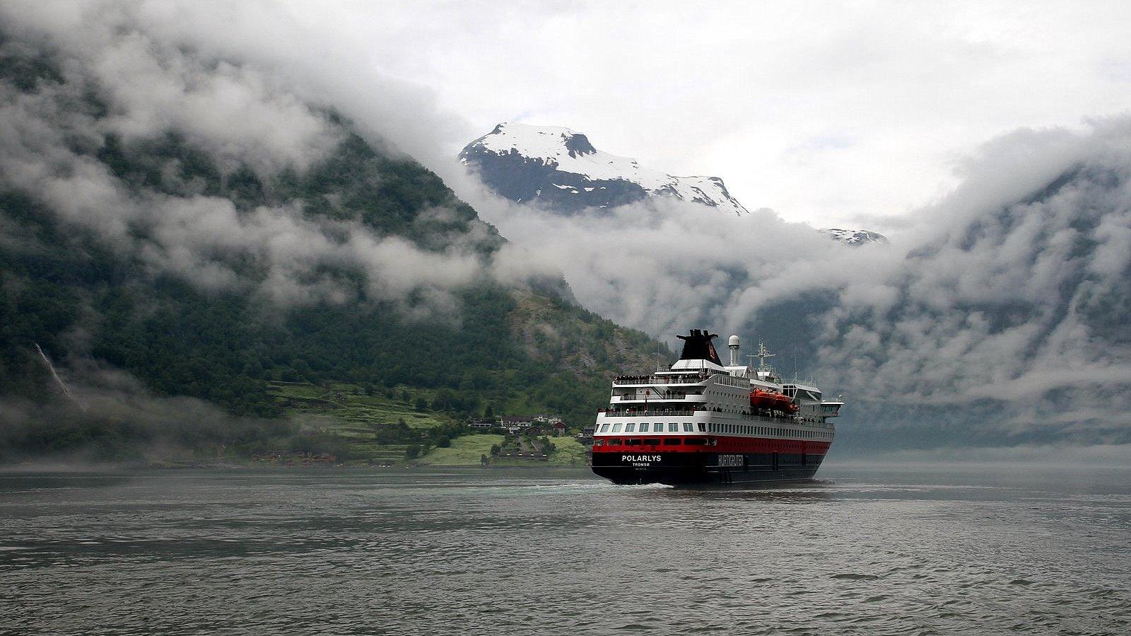 MS Polarlys im Geirangerfjord