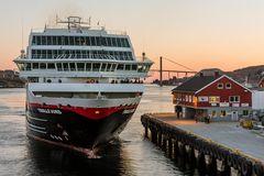 MS TROLLFJORD im Hafen von Rorvik