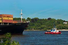 MSC Antwerp auf den Weg in den Hamburger Hafen