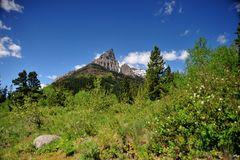 Mt. Anderson vom Red Rock Canyon aus gesehen