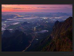 Mt. Zwekabin, Gipfelaussicht - Anfang der Serie
