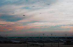 """""""muc_airport_7.00_a.m."""""""