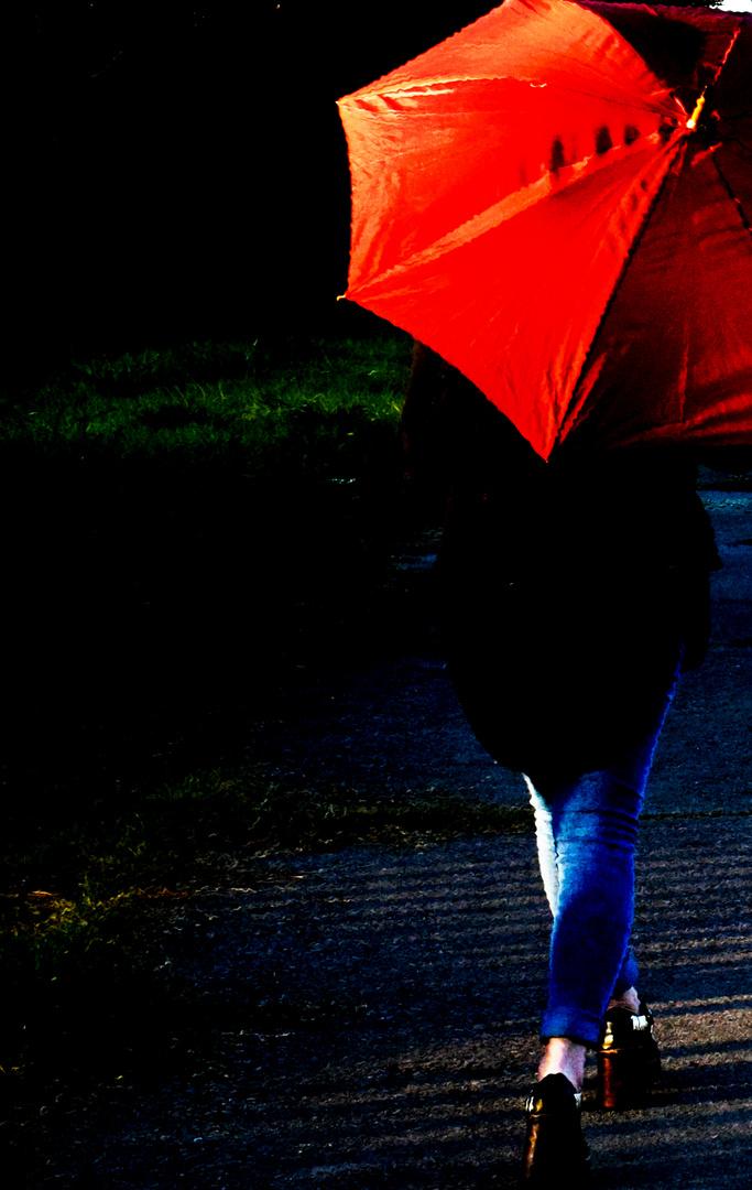 Muchacha con paraguas.