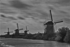 Mühlen auf dem Overwaard-Polder...